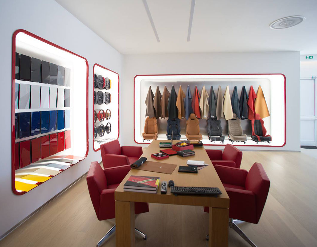 ARREDAMENTO SHOWROOM FERRARI by simone piva 01