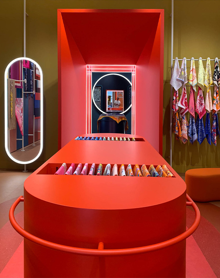 Woman Collection Hermes temporary store Roma 2020